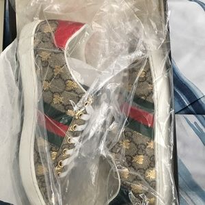 Gucci Girl Shoes Great Condition